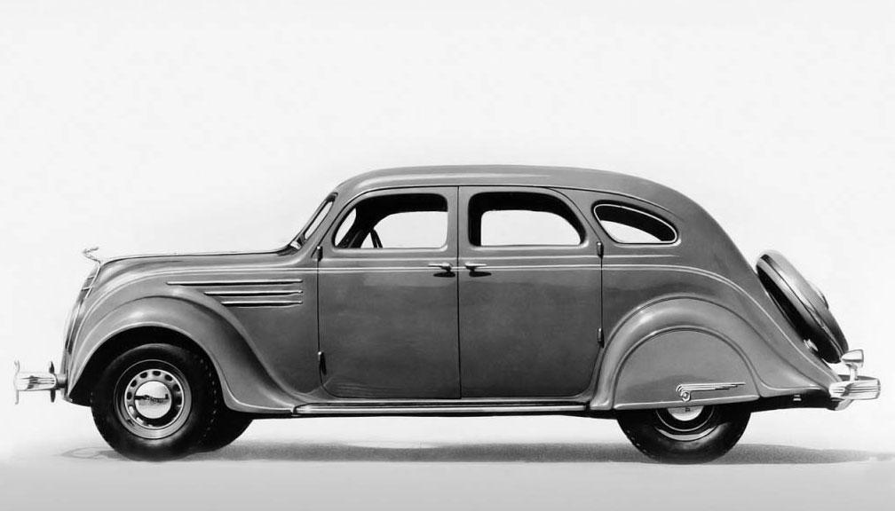 DeSoto-Airflow-Sedan-1935-design-interior-exterior.jpg