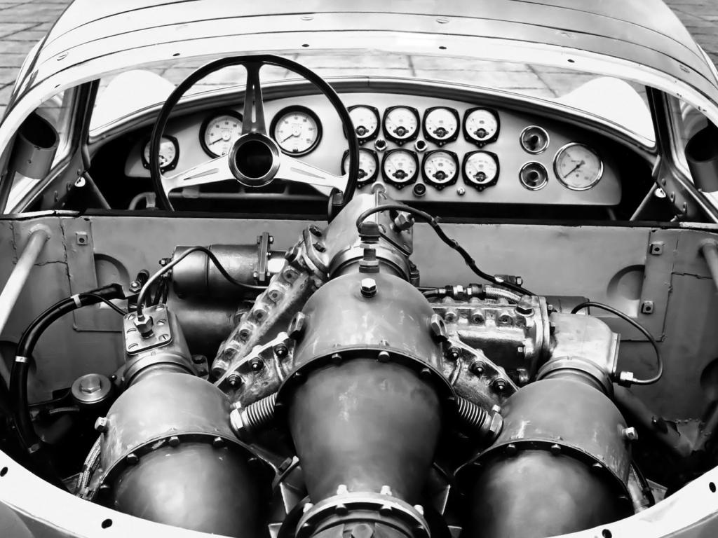 54-Fiat-Turbina-cockpit.png