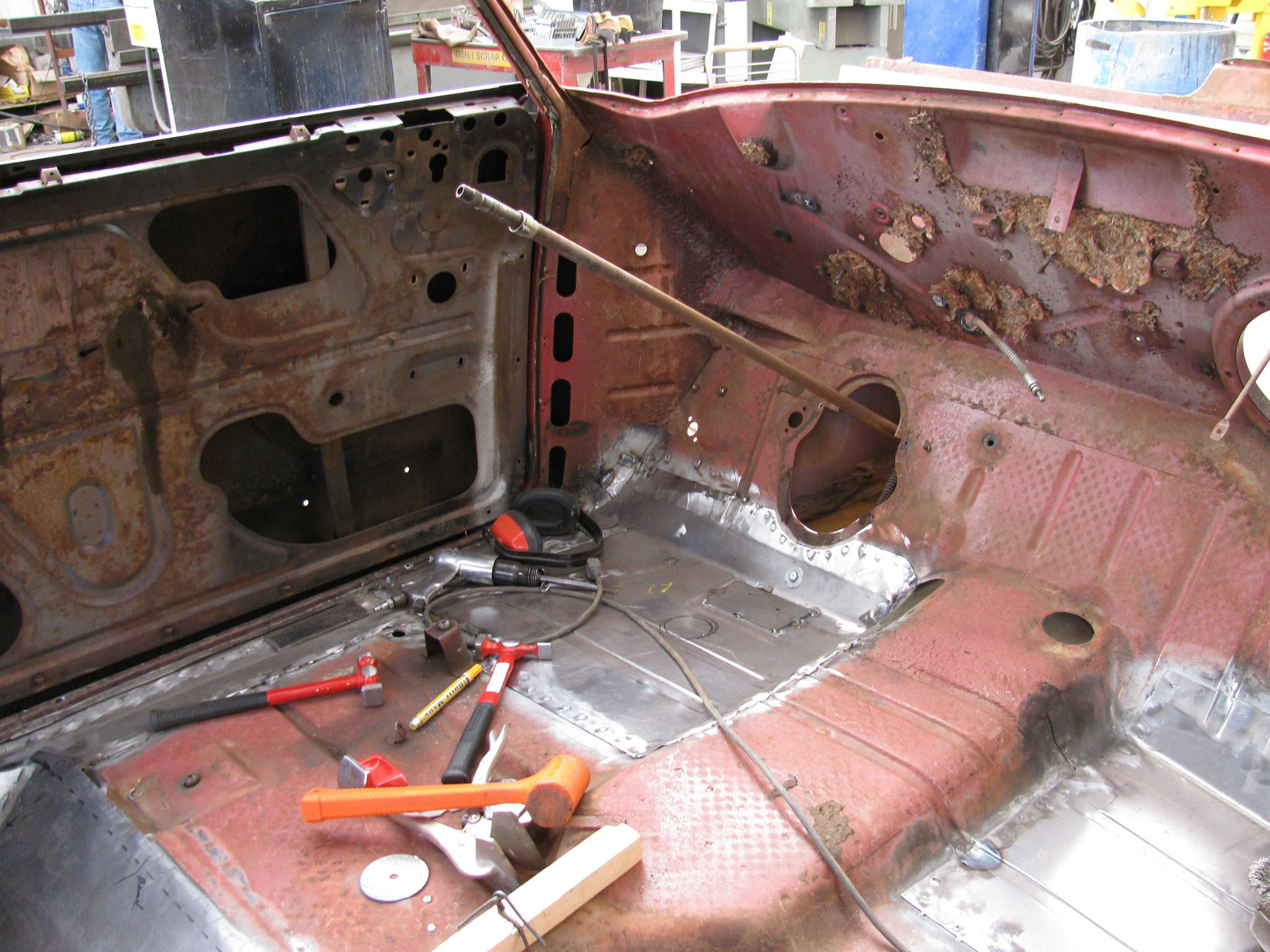 Nash interior bare.jpg