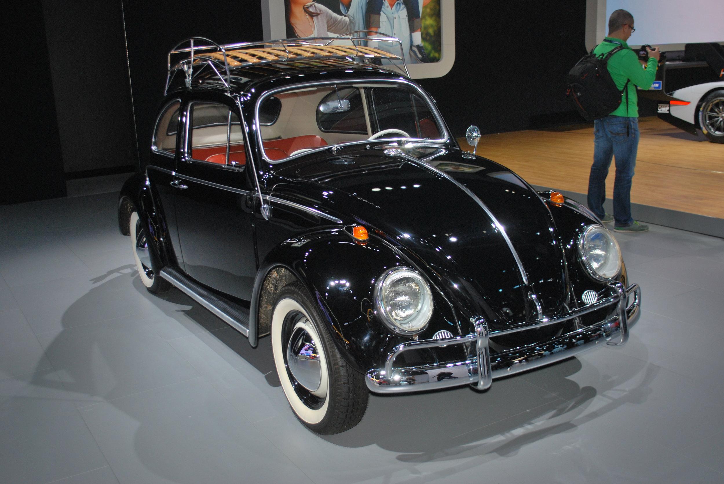 Vintage VW Beetle at the 2018 Los Angeles International Auto Sho