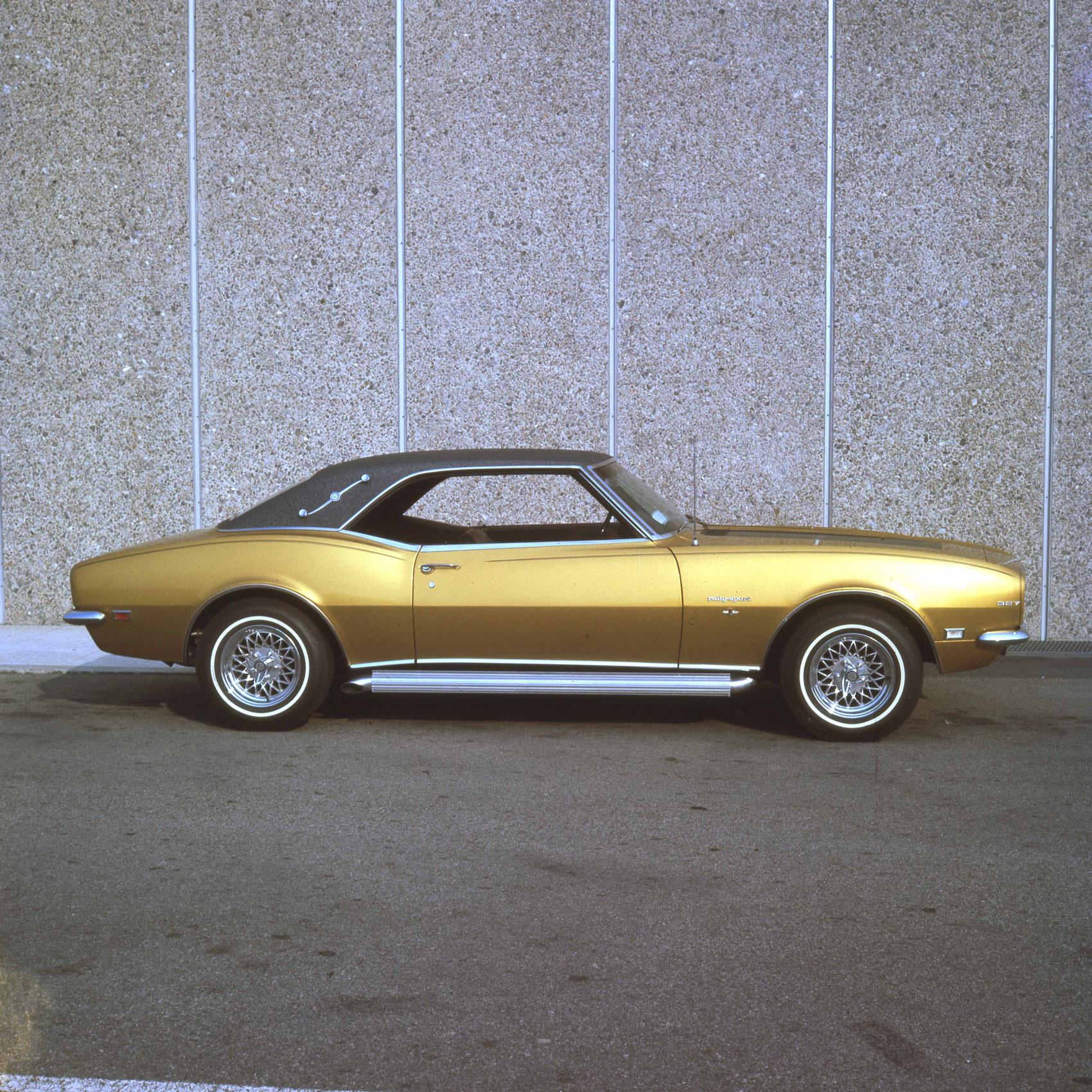 Barris-Gold-Camaro.jpg
