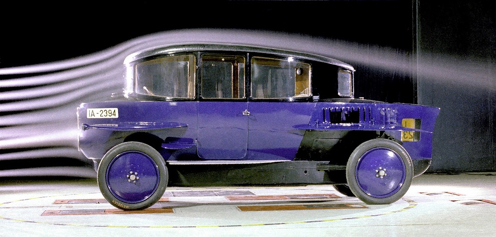 Rumpler Tropfenwagen aero.jpg