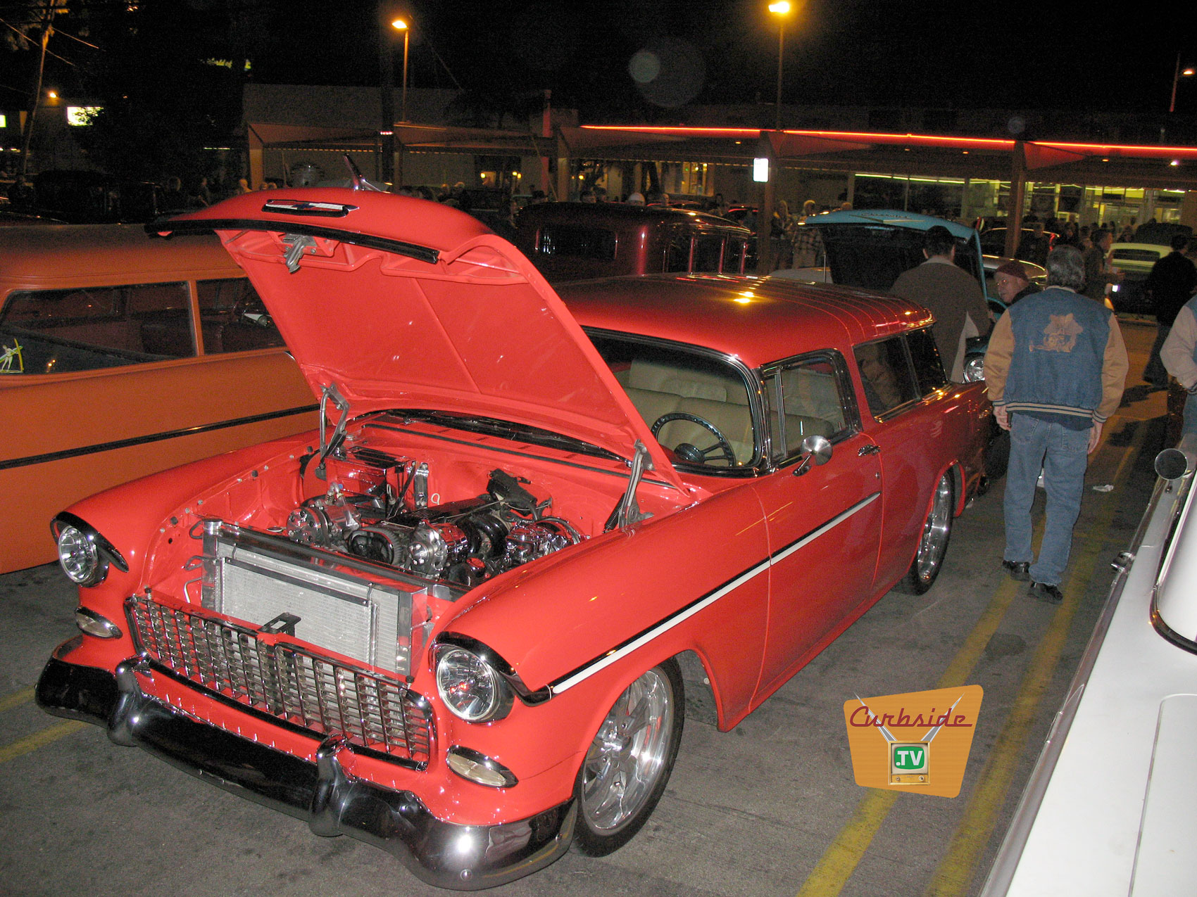 1956-Chevy-Nomad-at-Bobs-Big-Boy.jpg