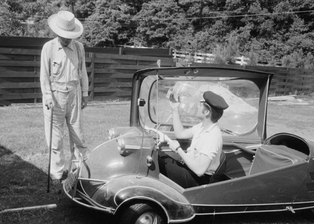 elvis-1955-messerschmitt-kr.jpg