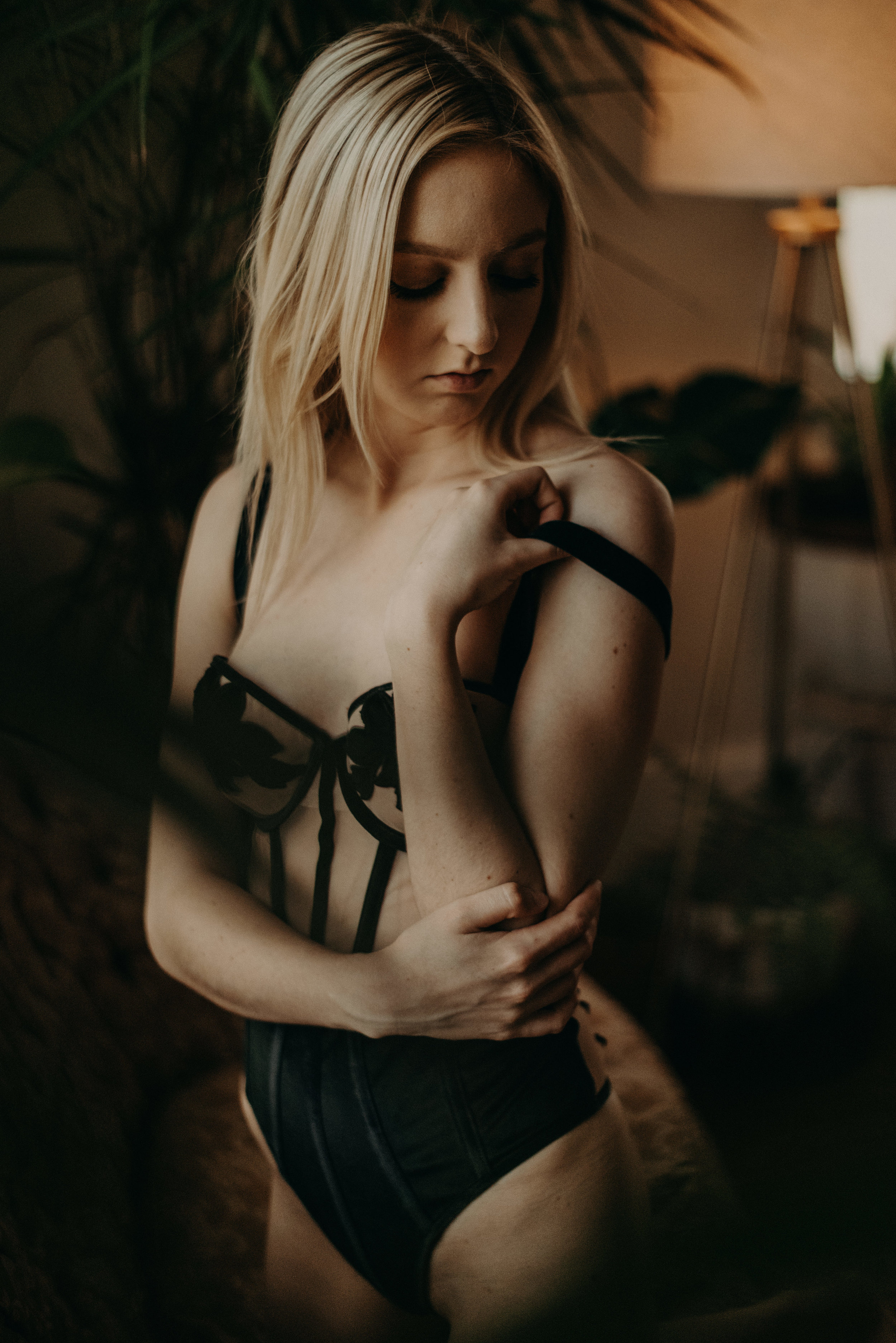 Taylor_English_Photography_Evans_Boudoir65.jpg