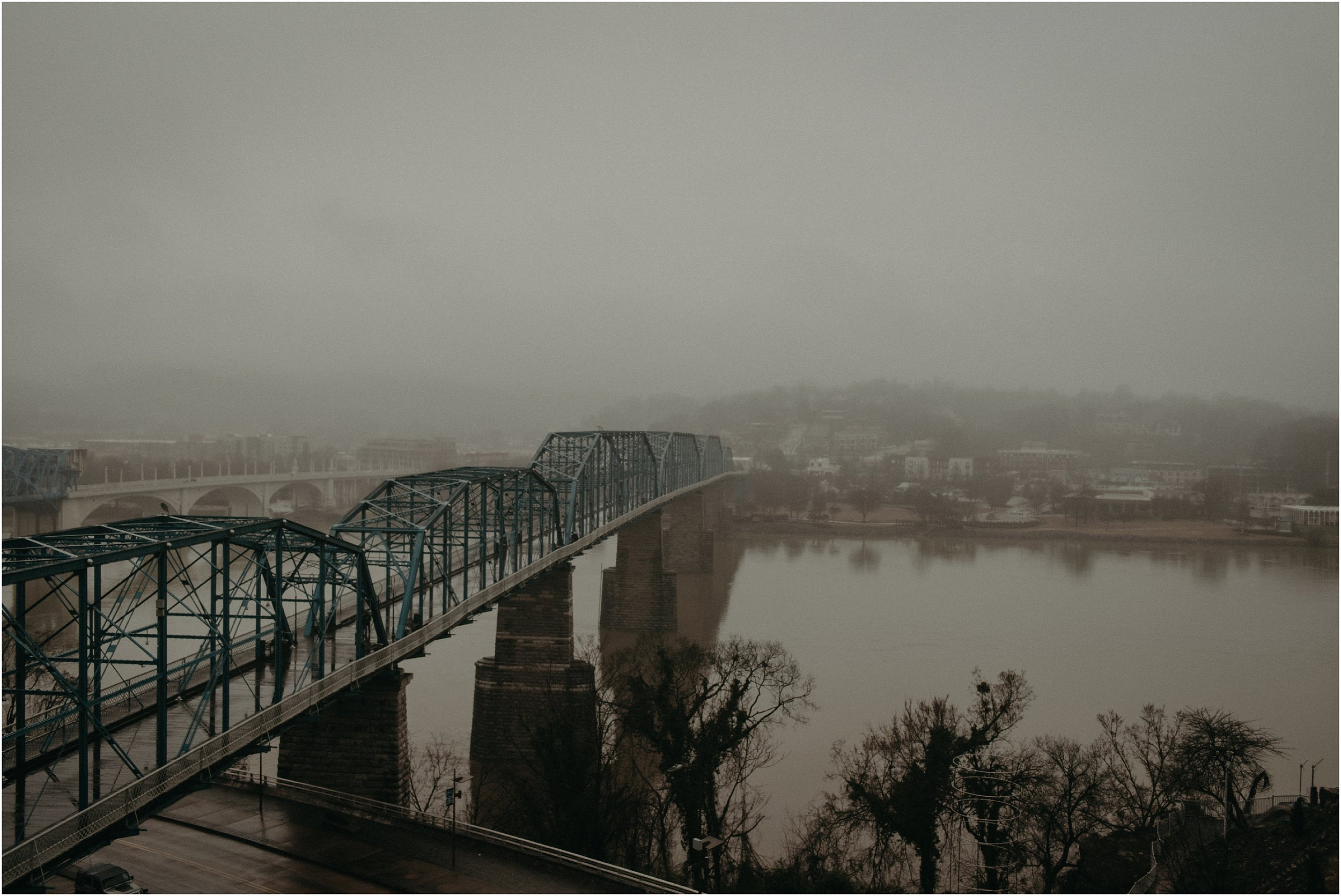 A rainy and foggy wedding in Chattanooga, Tennessee