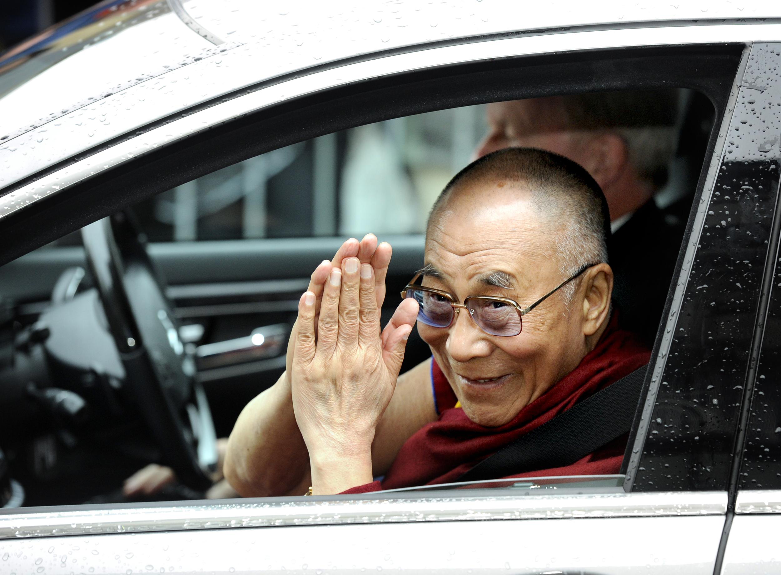 Dalai Lama Edinburgh Visit 01.jpg