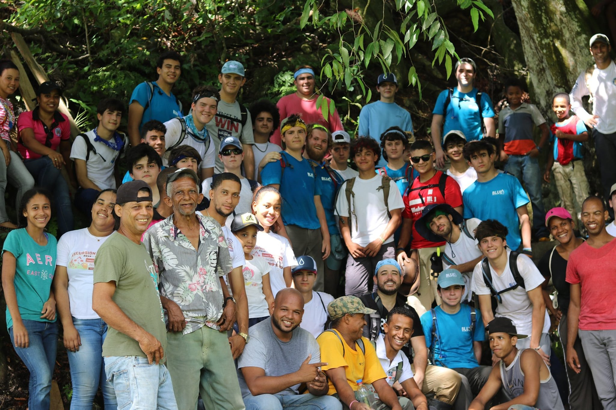blue-missions-volunteers-picture-with-local-community-min.jpg
