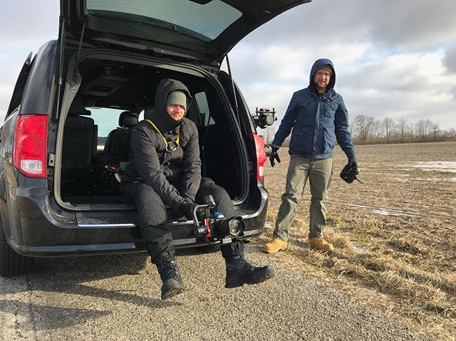 Cine ninjas & wizards activate! The cold can't stop us from getting the shot! 🌬❄️🧙♂️💥🎥 Shooting car to car on location with #icbus🚌 Photo by the one and only @jack.goodwinphoto 📸