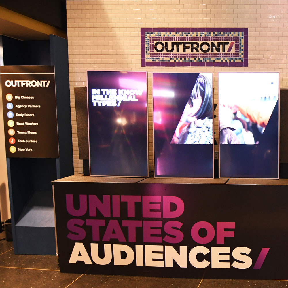 outfront-media-screens.jpg