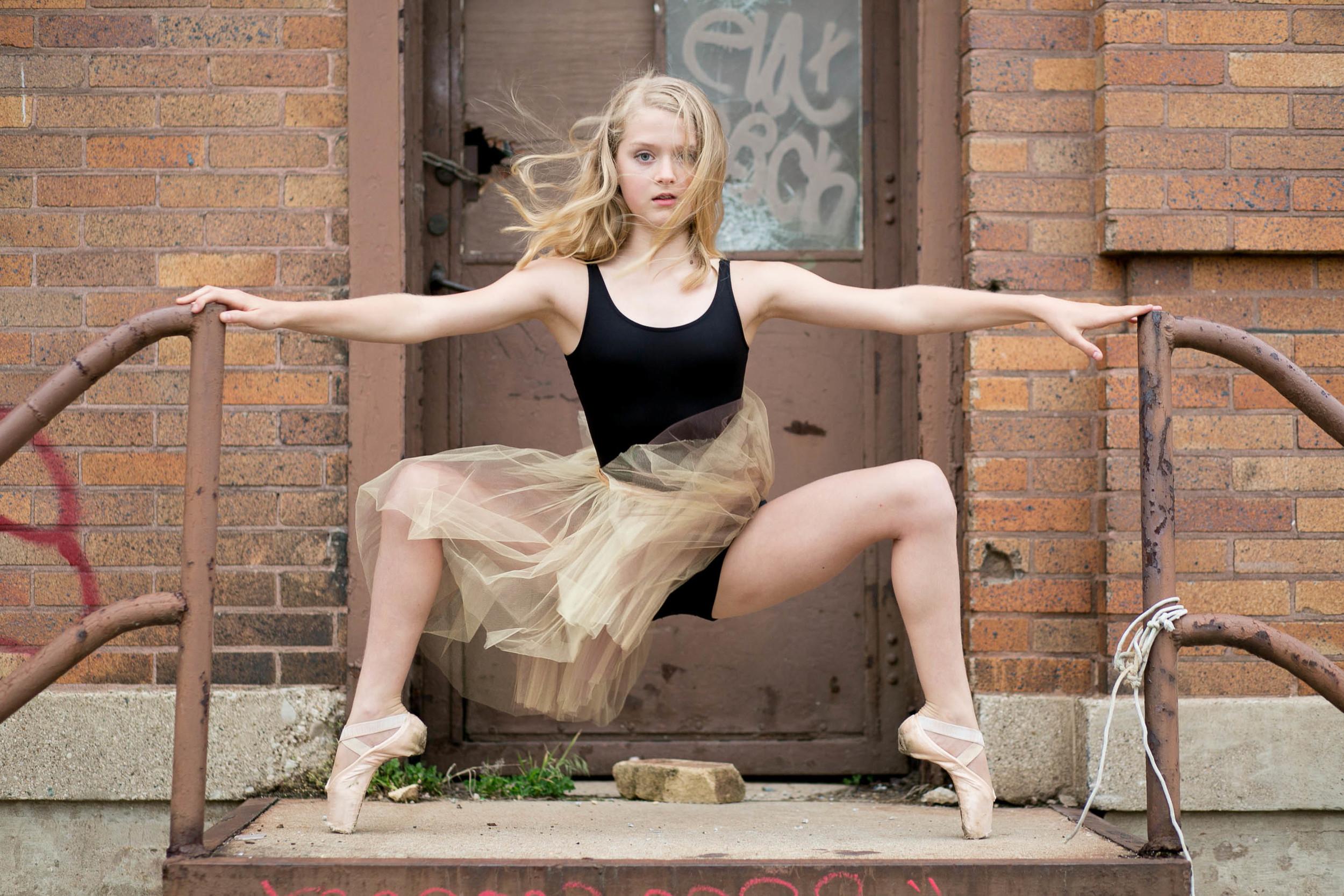 dayton-cincinnati-dance-senior-portrait-photographer-fine-art-37.jpg