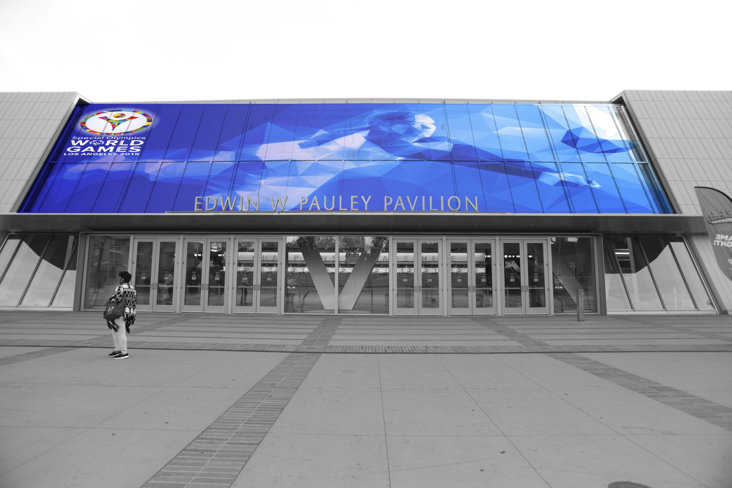 Facade Banner.jpg