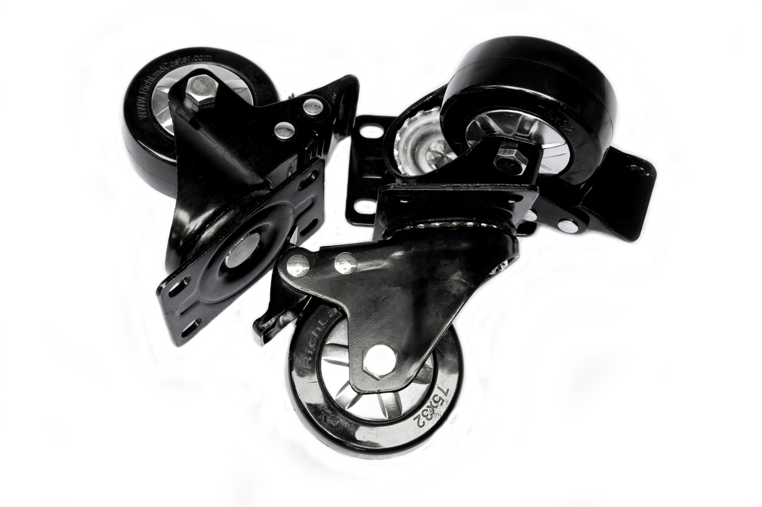 3+2 Caster Configuration - These are the 3 swivel casters with brakes