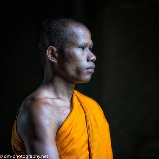 #siemreap #angkor_wat #angkorwat #travel #travelphotography #travelphoto #travelphotos #travelphotoshoot #cambodia #cambodian #asiatravels #asiatravel #igers #igaddict #ig_photooftheday #igseller #ig_today #ig_mood #ig_color #ig_shotz #ig_world #ig_captures #nikon #d750 #nikon70200 #world #world_shotz #monk #monks #asian  #
