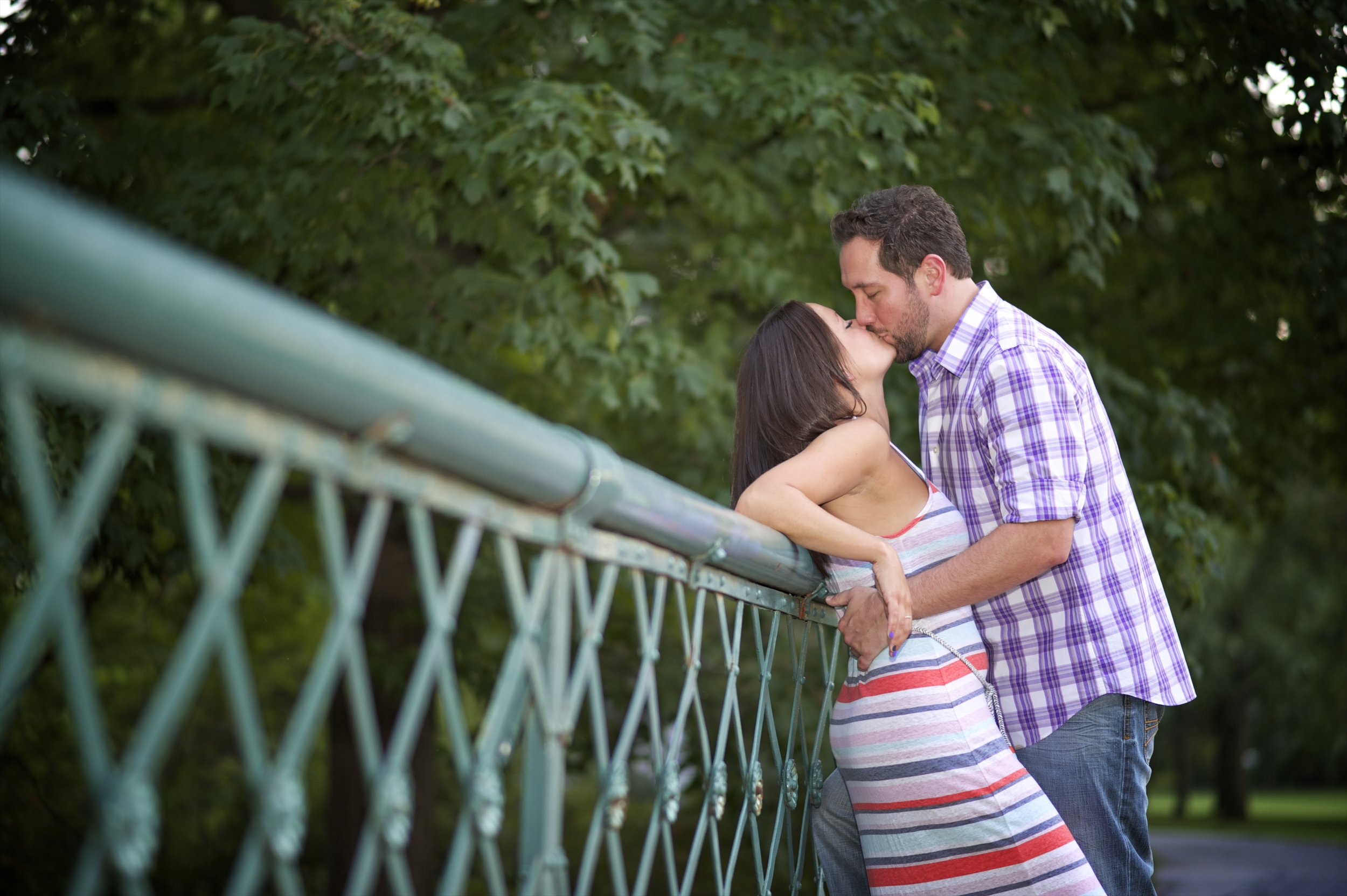 Indianapolis-museum-of-art-engagement-pictures-088.jpg