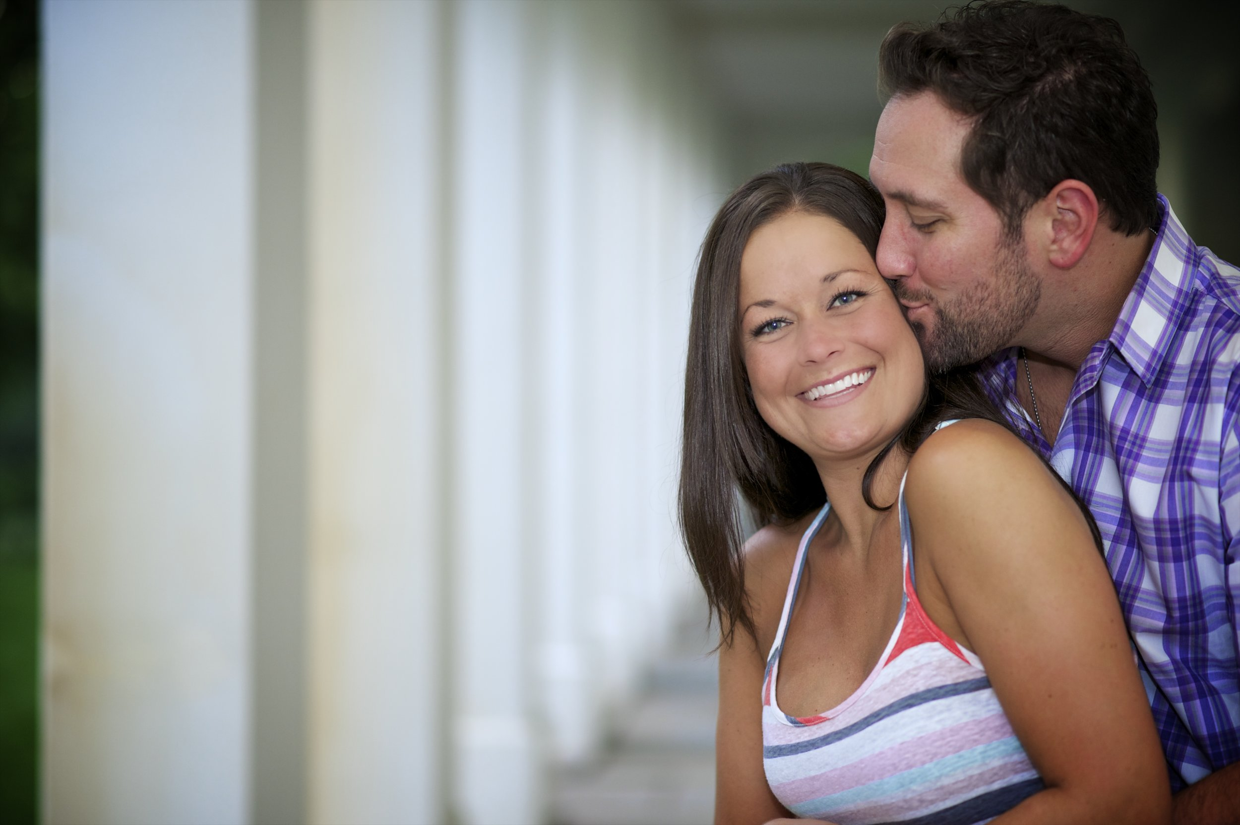 Indianapolis-museum-of-art-engagement-pictures-083.jpg