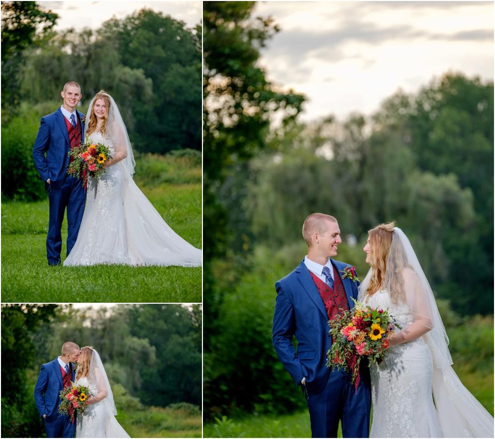 wedding-pictures-at-Hidden-Brook-Acres_0013.jpg