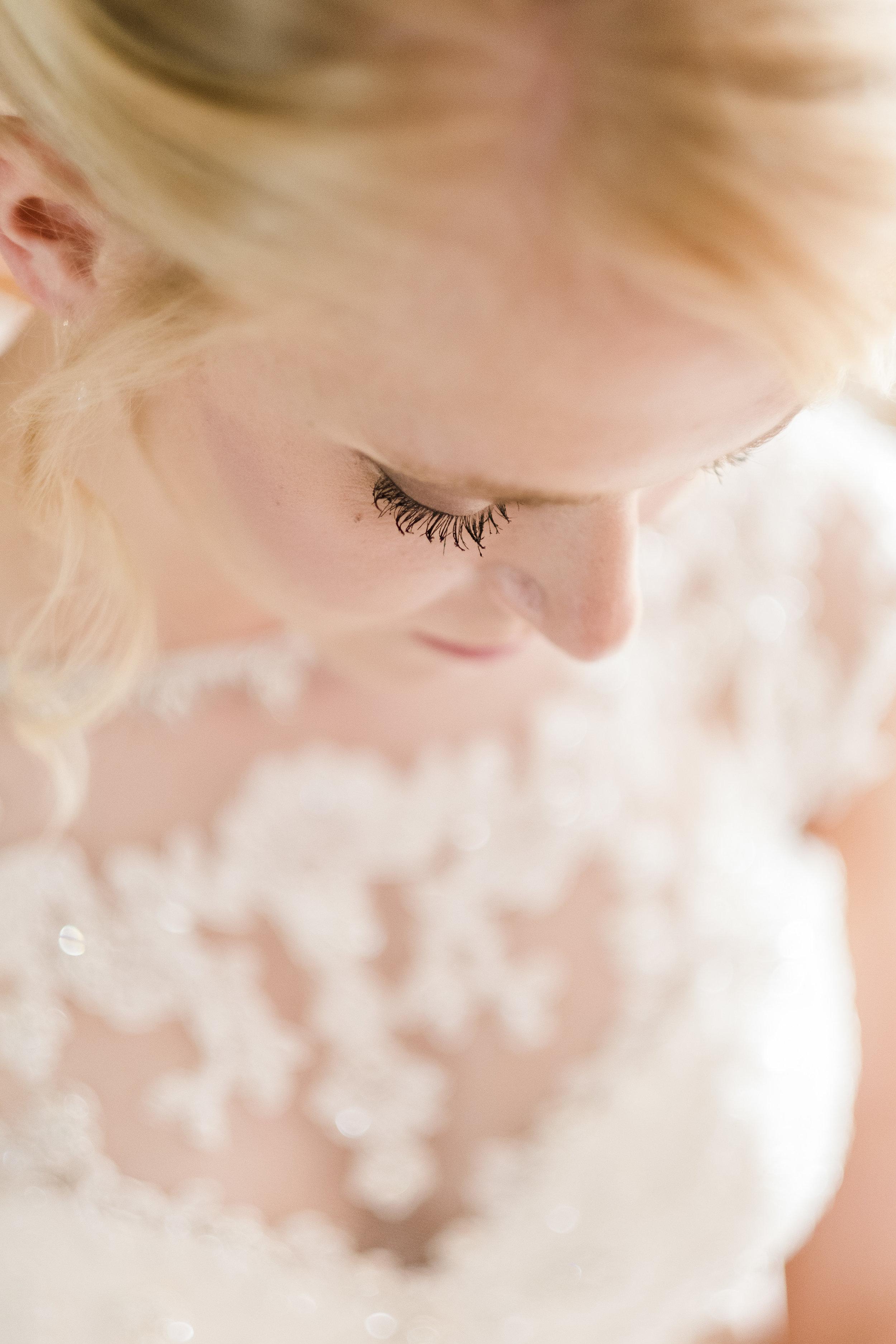 LightAiry-KatieBilly-6.jpg