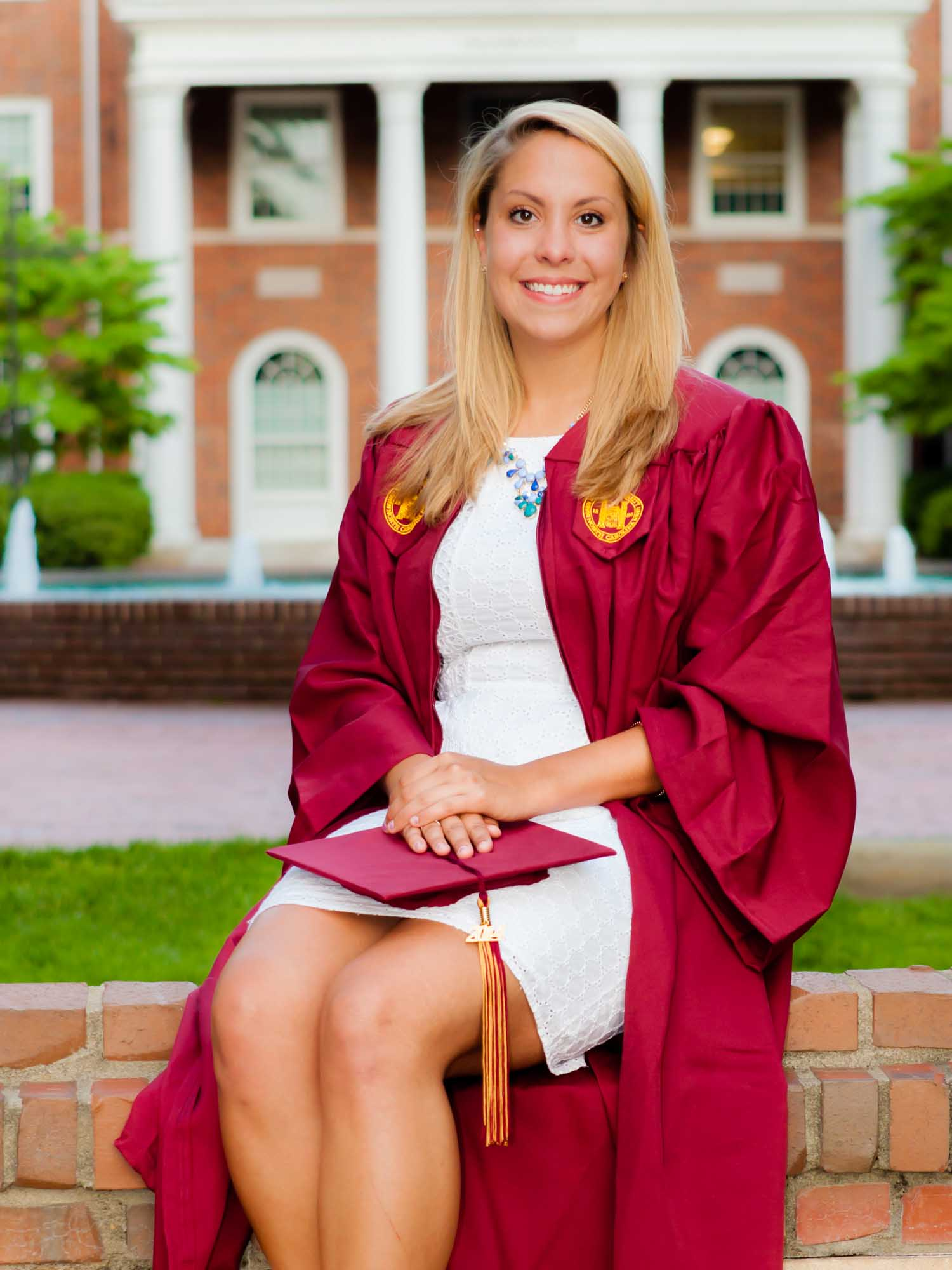 569-Becca & Friends Elon Graduation Portraits_.jpg
