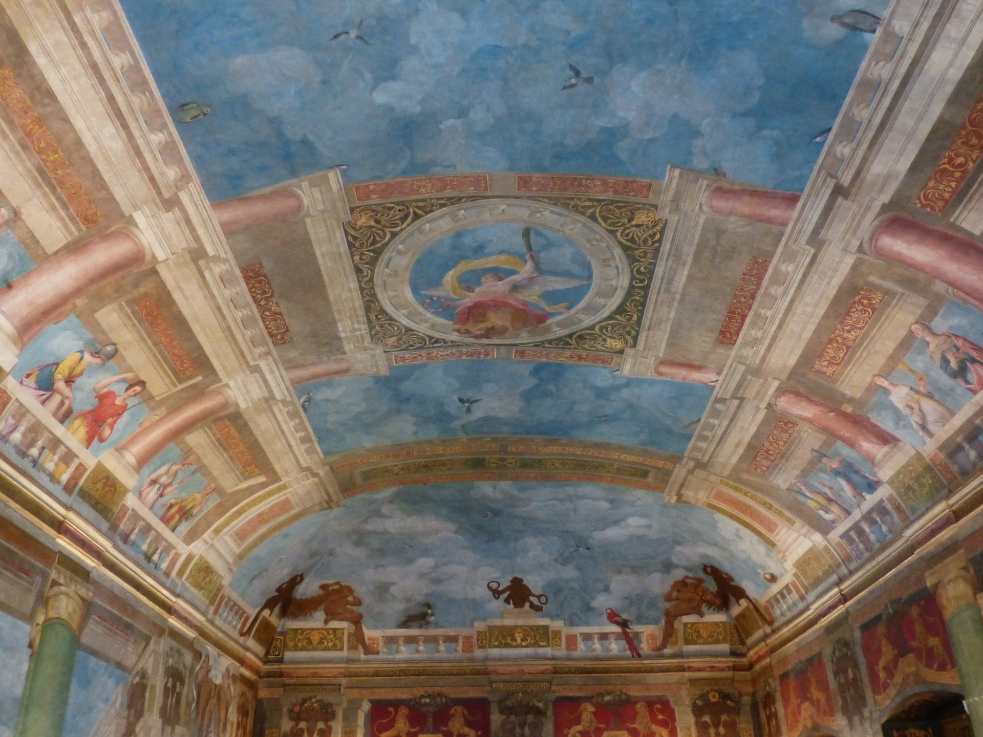blue-cathedral-ceiling-117530_1920.jpg