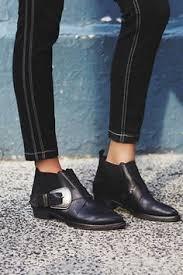 bootys-skinny-jeans-fashion-forward-style.jpeg