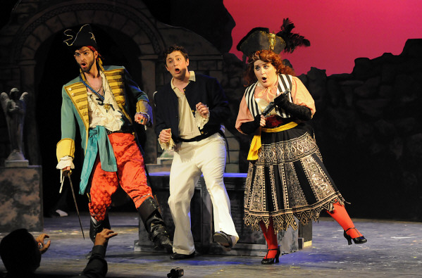 The Pirate King, with James Soller and Alexa Devlin (photo by Brenda Sharp)
