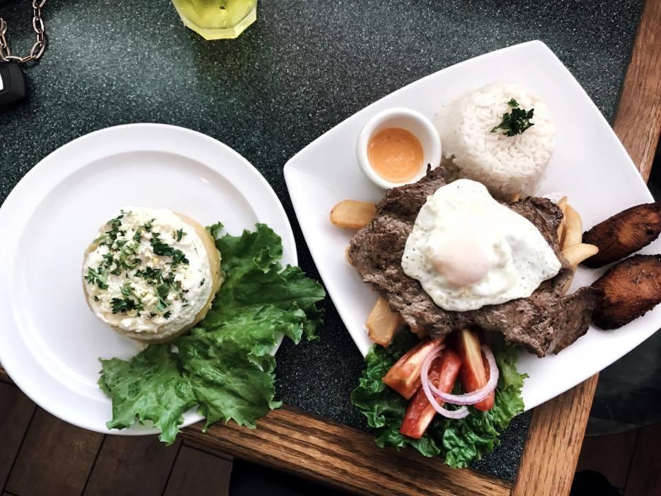 Best South American and Latin Food in Austin, Tx | Lima Criolla by www.tresgigi.com
