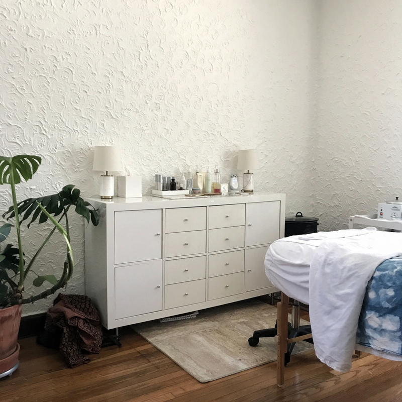 Vetiver Skin Studio by www.tresgigi.com - Austin, Tx - holistic skincare and bodycare in Austin - natural facials in Austin Tx