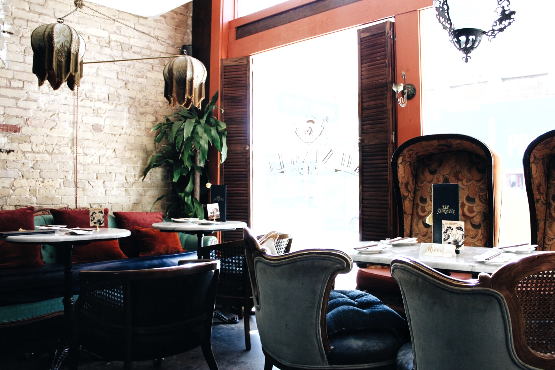 Most Instagrammable Places and Restaurants in Austin Texas by www.tresgigi.com