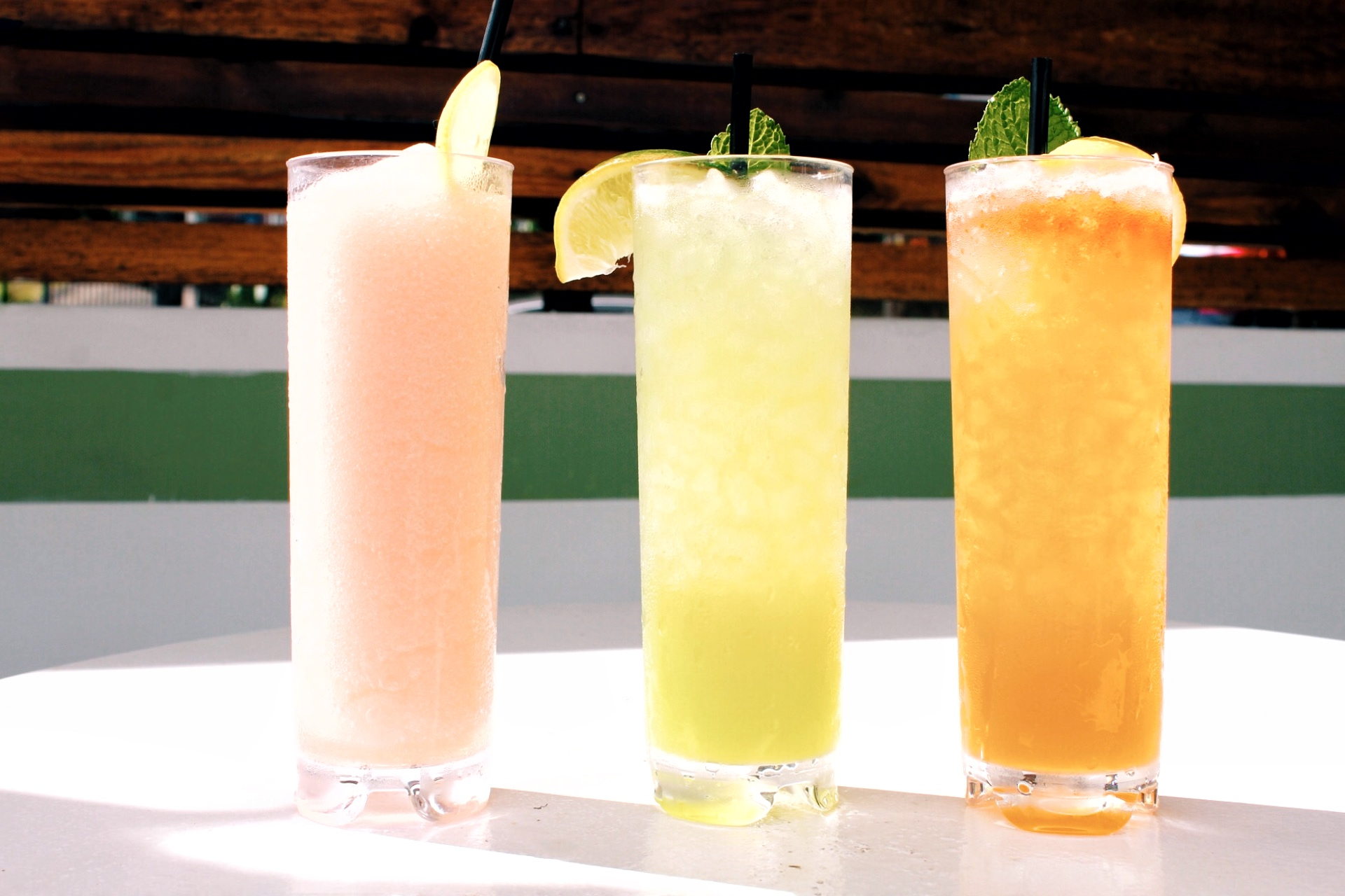 Best Summer Cocktails in Austin - Kitty Cohens - www.tresgigi.com