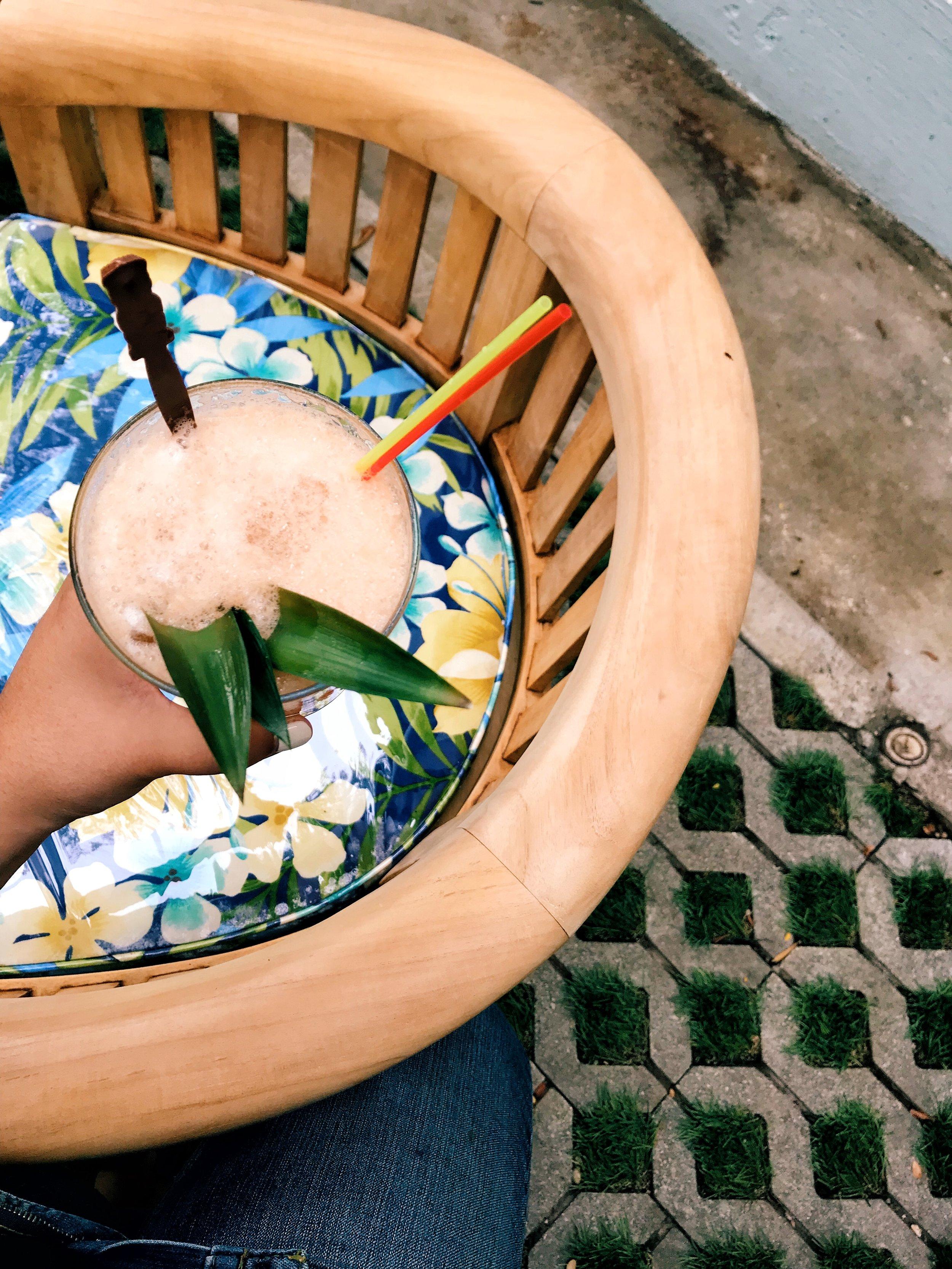 Best Cocktails in Austin - Pool Burger - www.tresgigi.com