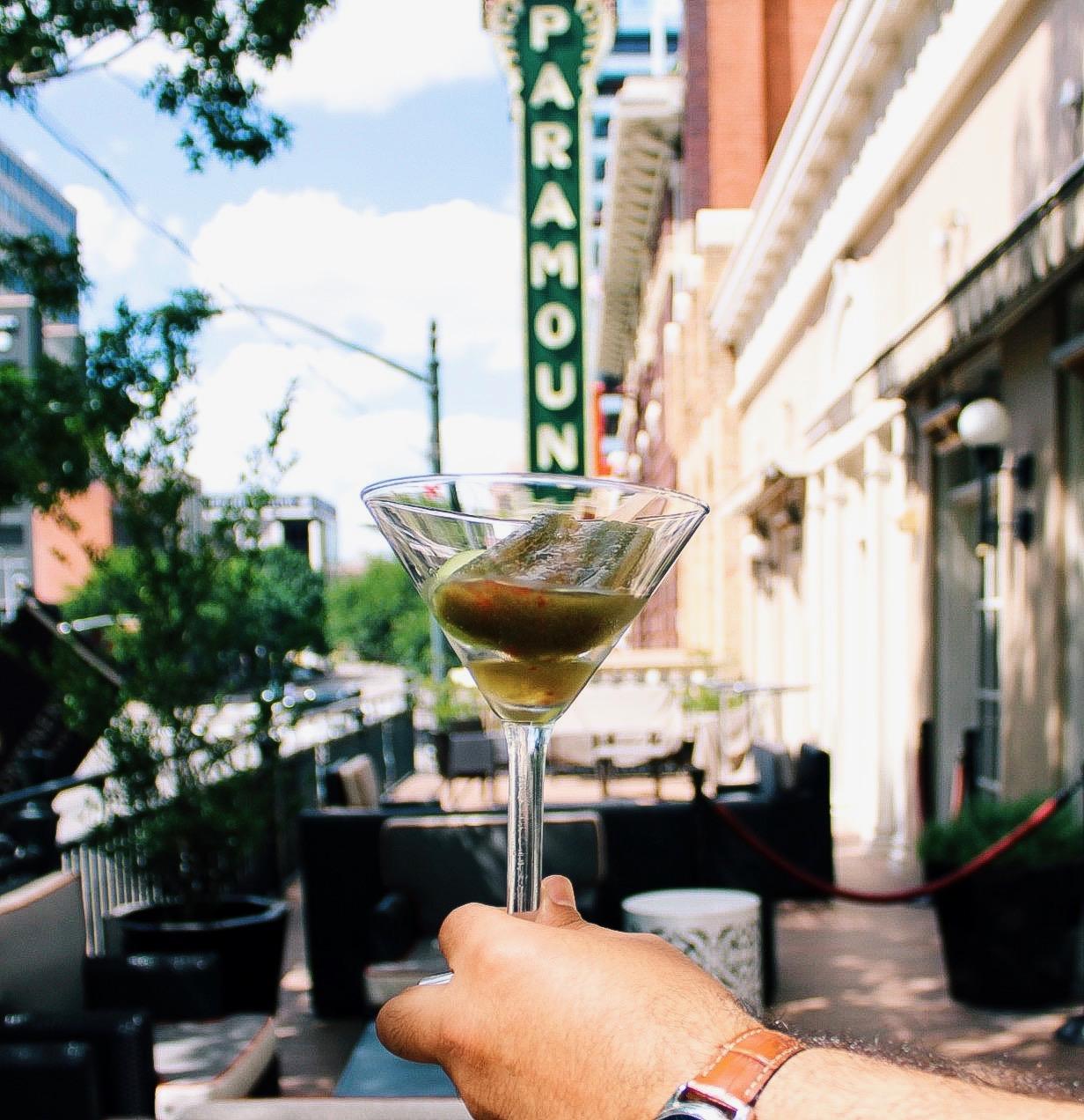 Best Cocktails in Austin - Intercontinental Stephen F Austin - www.tresgigi.com