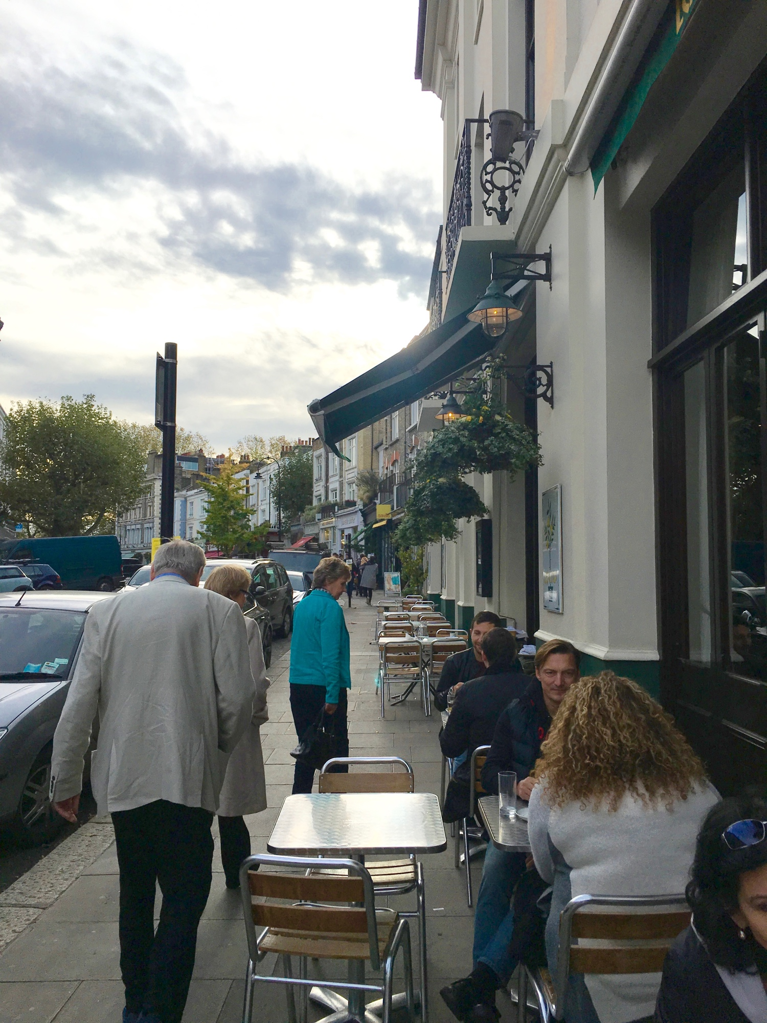 primrose_hill_london_vegan_travel_vegan_restaurants_in_london_manna.jpg