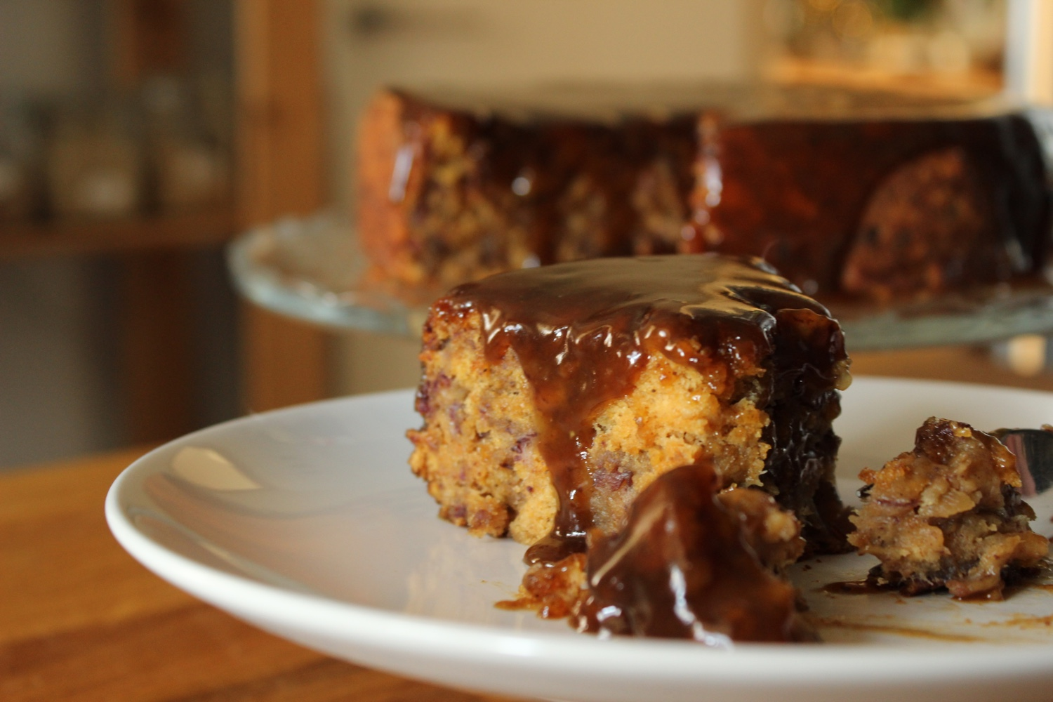 vegan_sticky_toffee_sweet_potato_cake.jpg