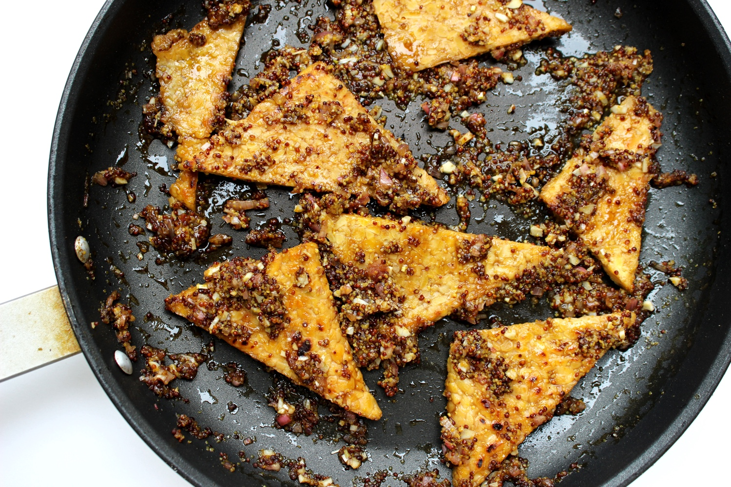 All about tempeh | Maple and Mustard Glazed Tempeh with Crunchy Pistachios and Scallions