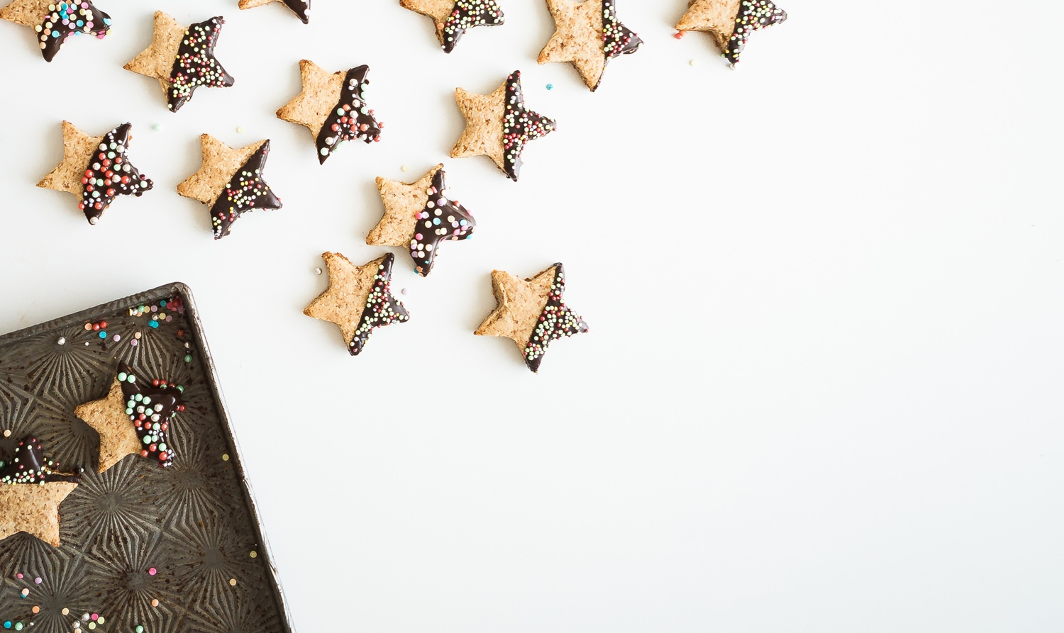 Navigating food, weight and body image issues, diet talk and intuitive eating during the Holidays | Brownble