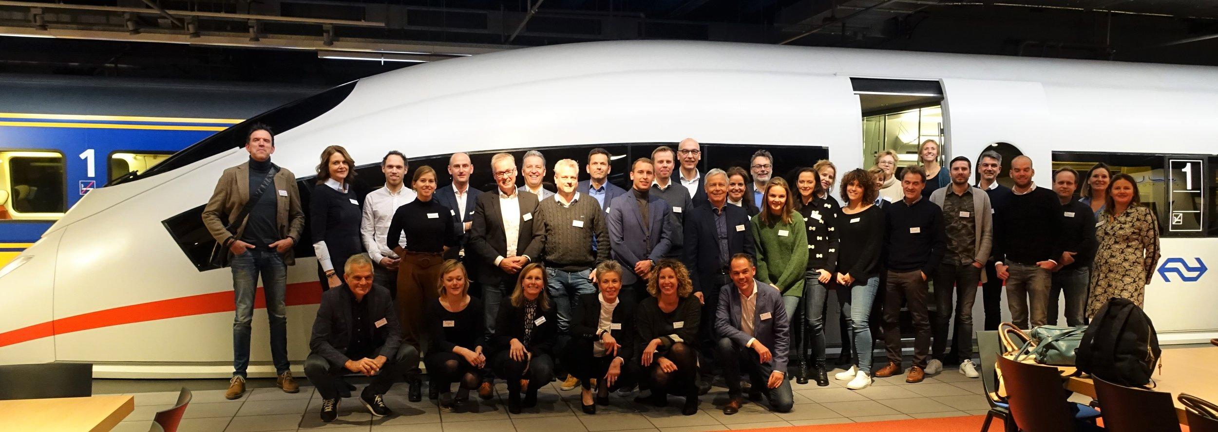 Op 21 november waren The Touchables te gast bij de Nederlandse Spoorwegen. Maar liefst 40 inschrijvers voor deze sessie vonden hun weg naar congrescentrum NS Trefpunt in Utrecht. Naast veel leden zagen we ook nieuwe gezichten!
