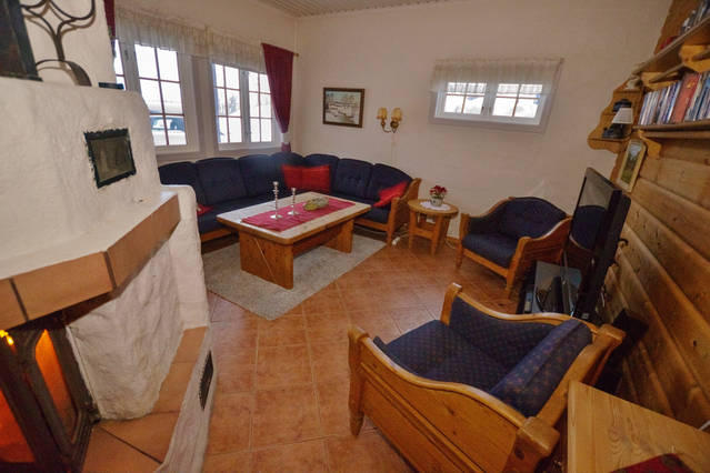 "Hegge 29:  2 bedrooms, 2,5 bathrooms, sleeps 4 - 8 people  42"" TV with Sony stereo system, master bedroom with connected sauna, bathroom and shower."