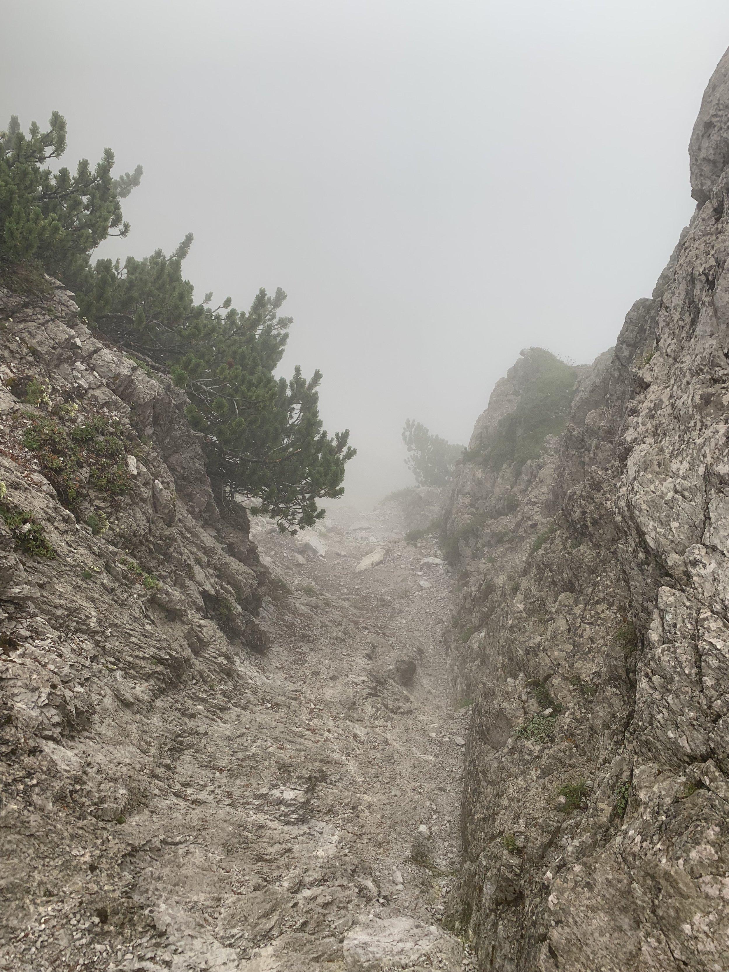 Rocky, foggy and no marks