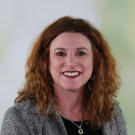 Paige Goff  - Vice President, Sustainability   Domtar   Follow on  LinkedIn   Follow on Twitter  @paigegoff