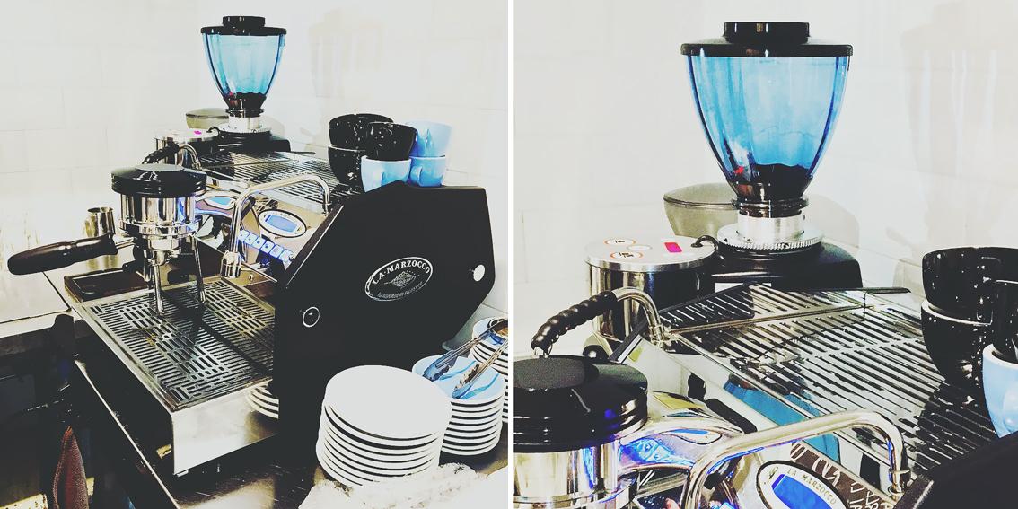 TORR TOYS Glass Hopper 600 Light Blue Optics @ Mazzer SJ Electronico next to a LM GS3