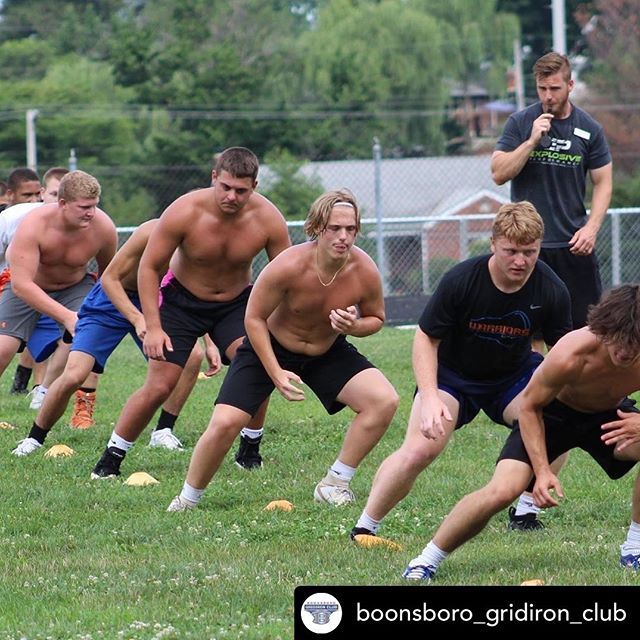 Year 5 with the Boonsboro Warriors!  2 weeks left boys...everyone is faster on their times and they are moving better too. @boonsboro_gridiron_club thank you for your support! #speed #sprint #speedcoach #agility @explosiveperformance