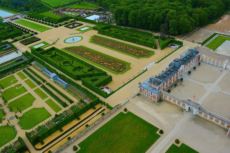 photo-aerienne-chateau-normandie.jpg
