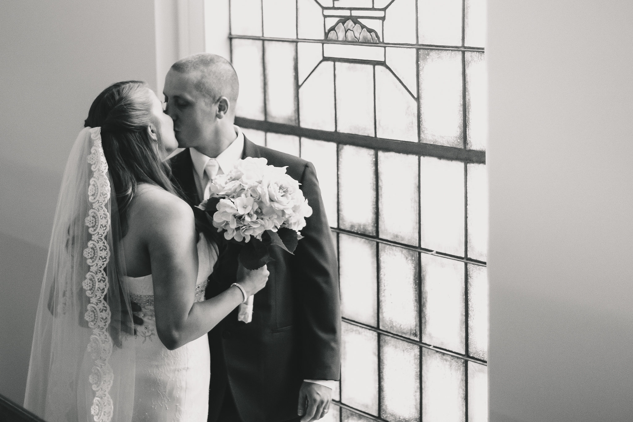 fine art photography wedding at old pate chapel lynchburg virginia