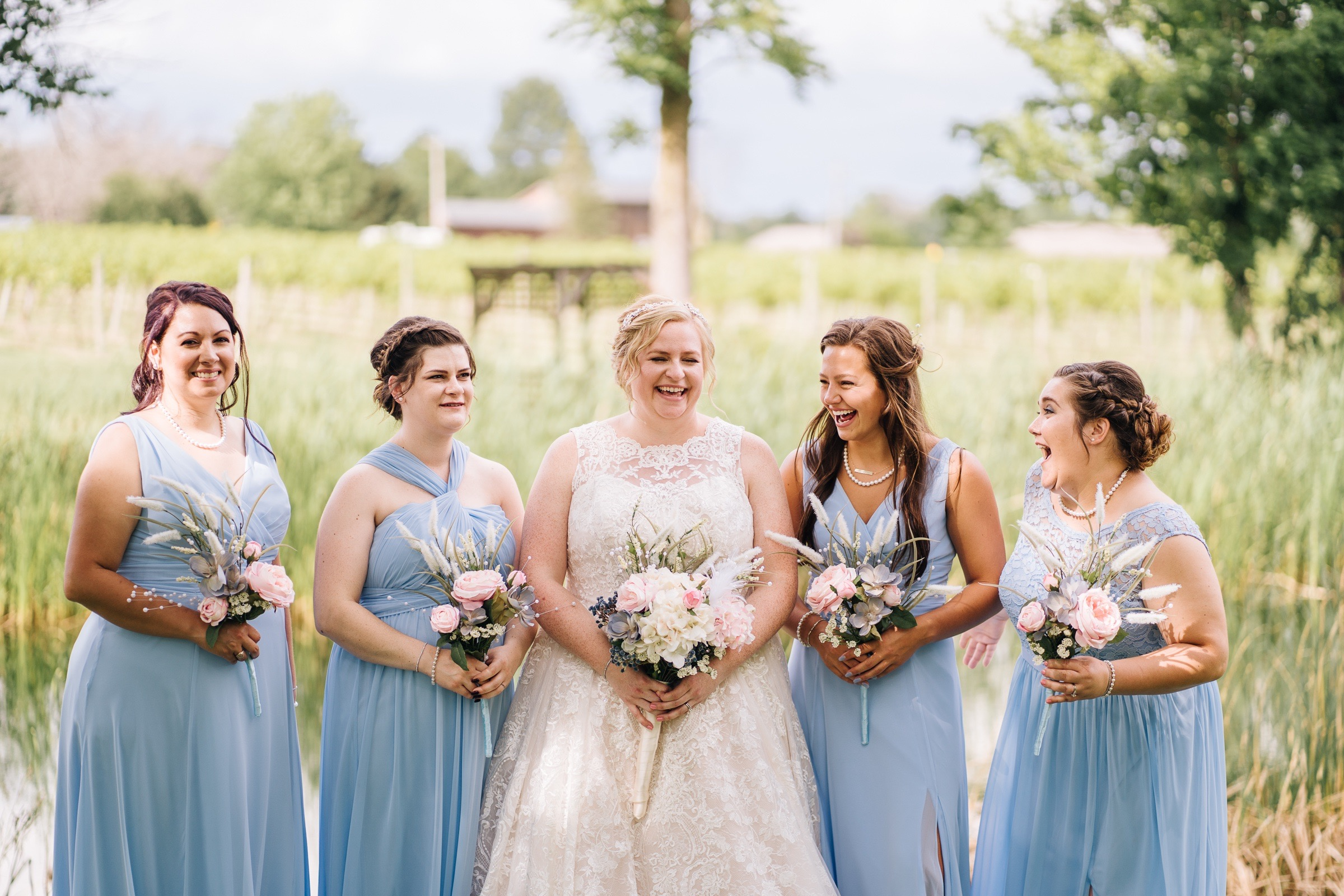 Midwest Chicago Vineyard Wedding by Jonathan Hannah Photography-9.jpg