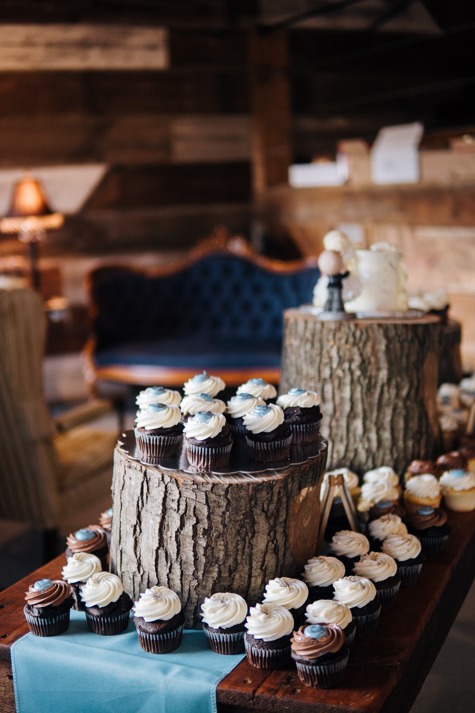 Midwest Chicago Vineyard Wedding by Jonathan Hannah Photography-12.jpg