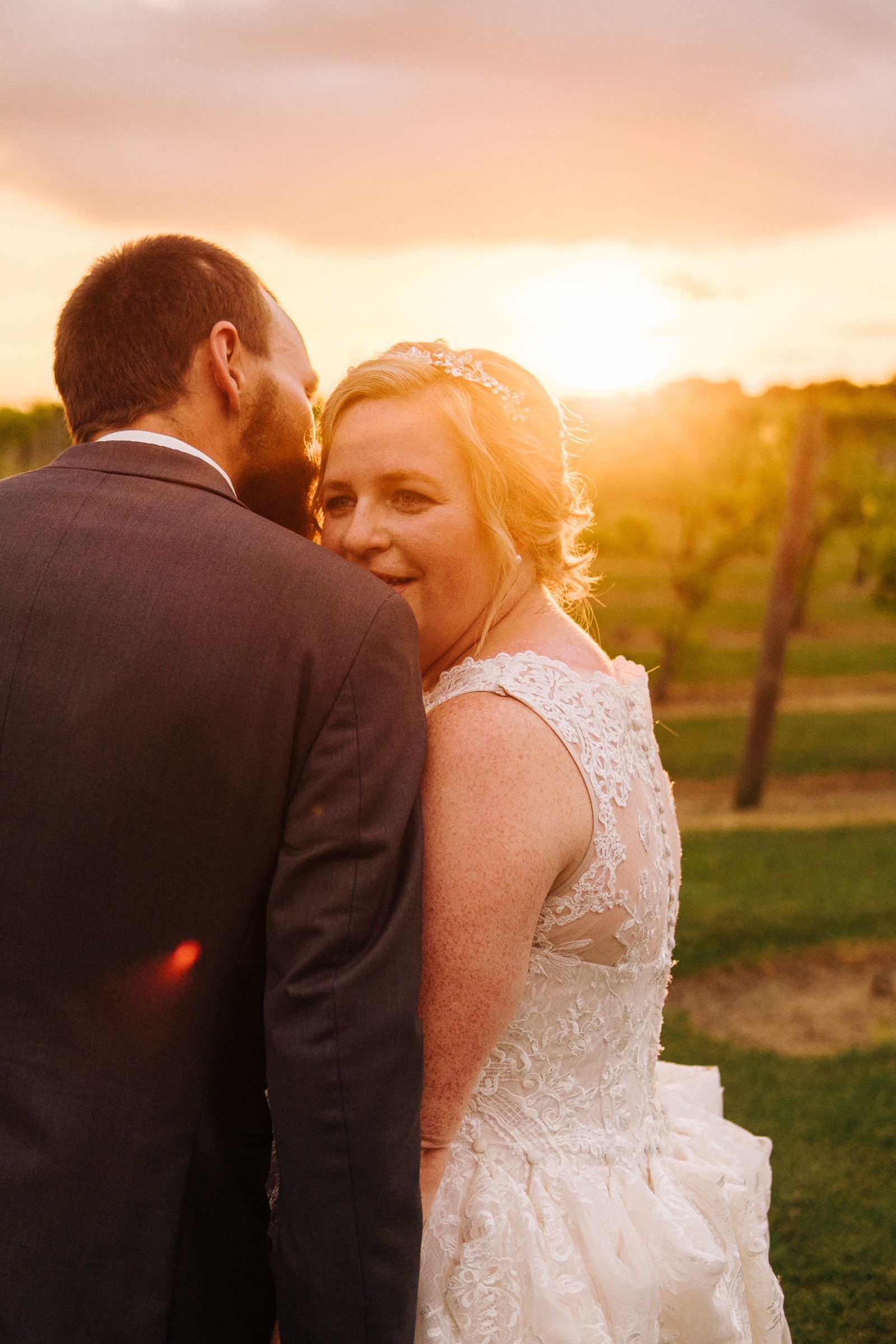 Midwest Chicago Vineyard Wedding by Jonathan Hannah Photography-29.jpg