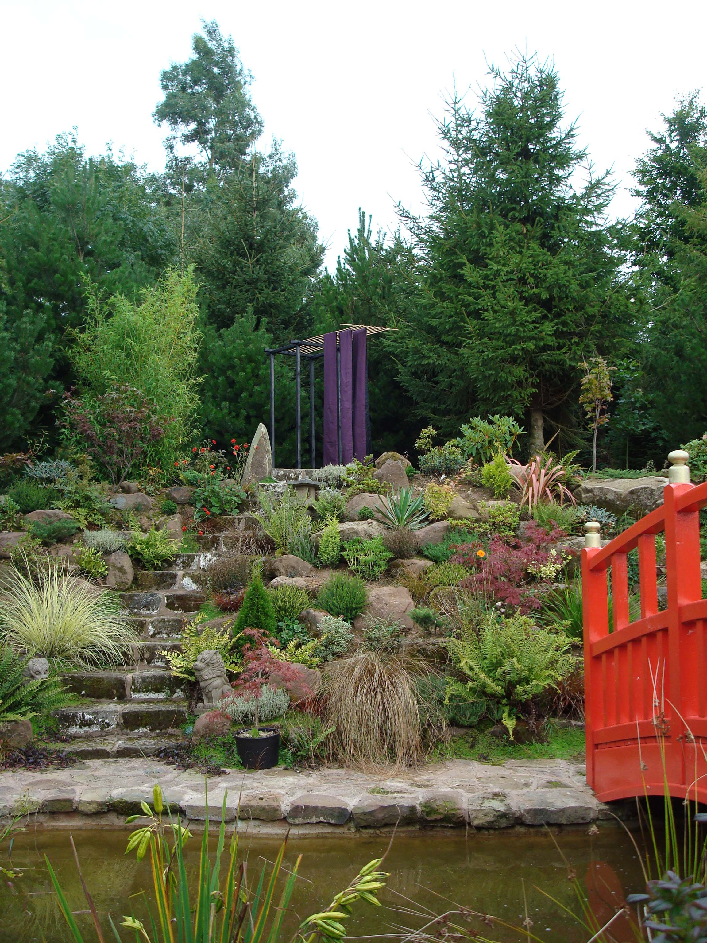 Obi Mount Pleasant Gardens 2008 a.jpg