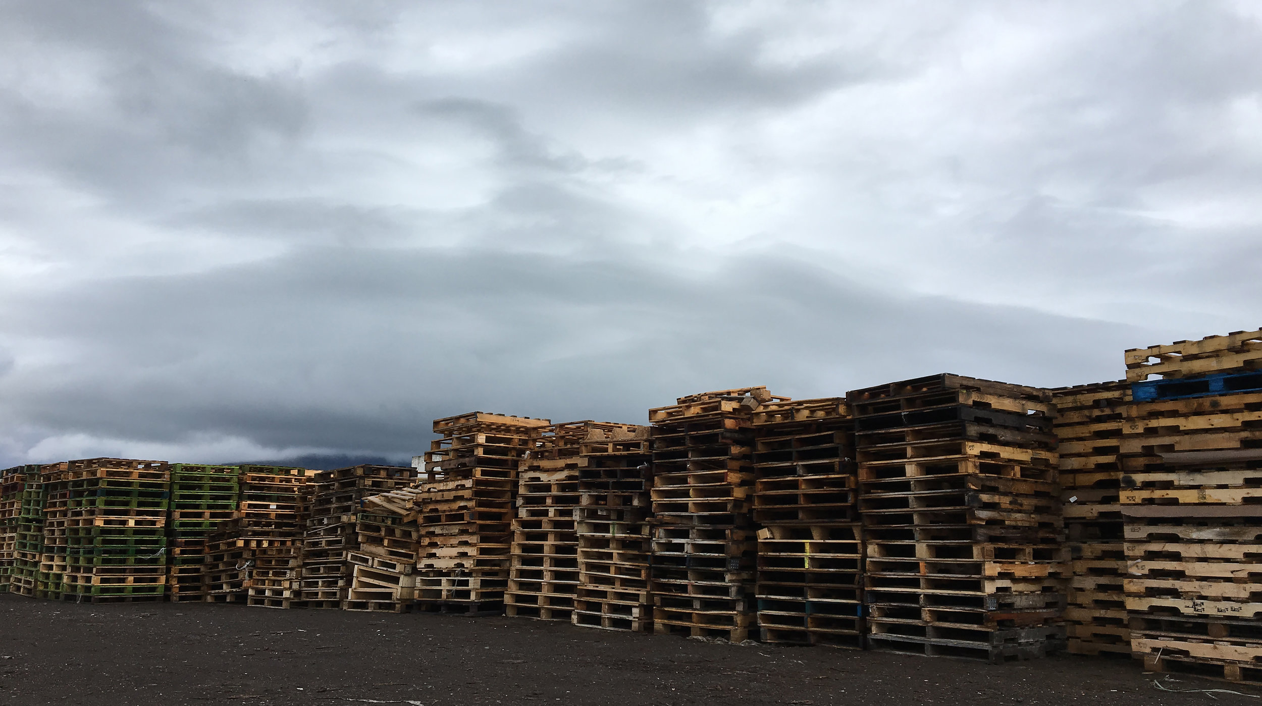 Pallettufjall / Pallet Mountain, 2014