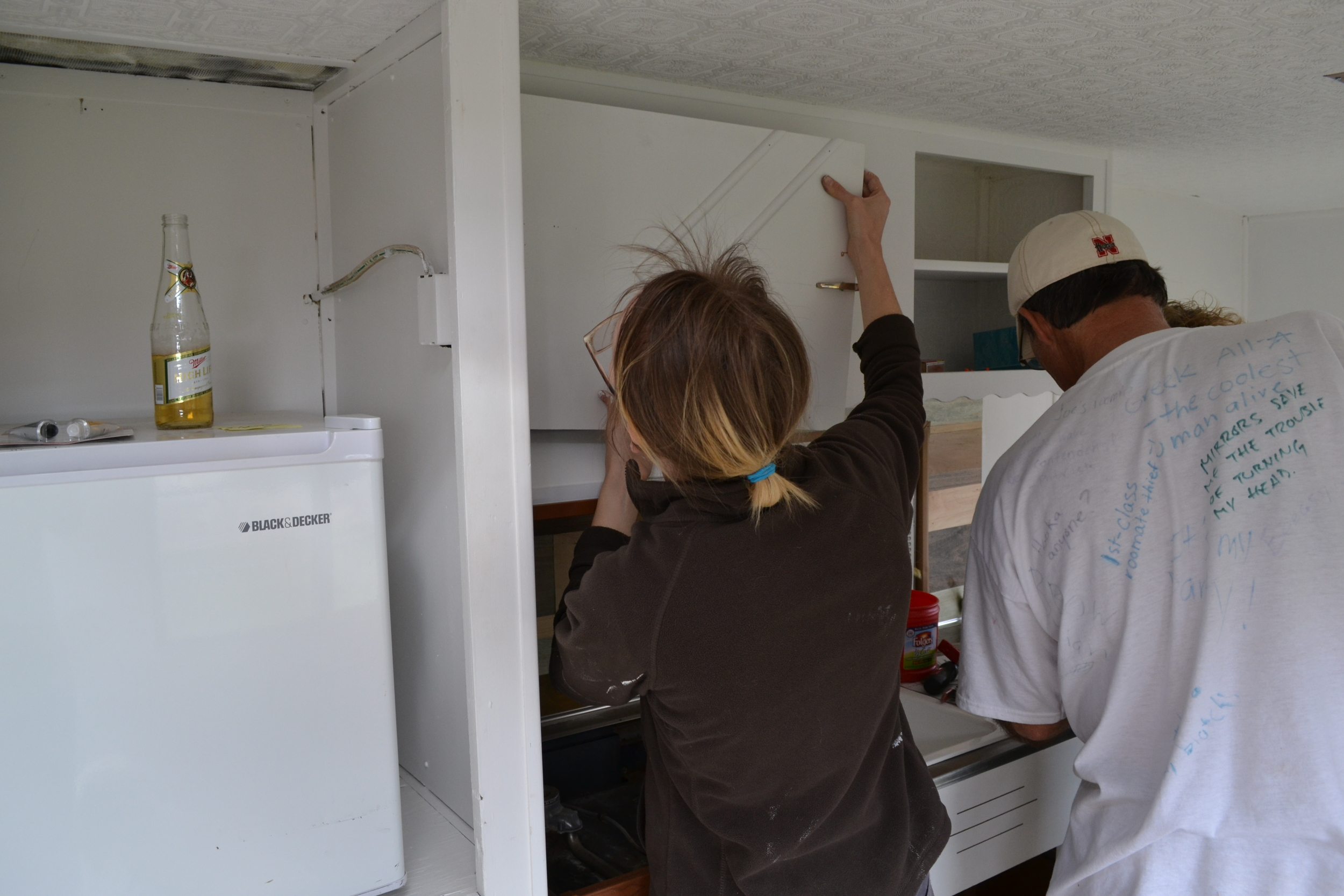 Mounting the Cabinets